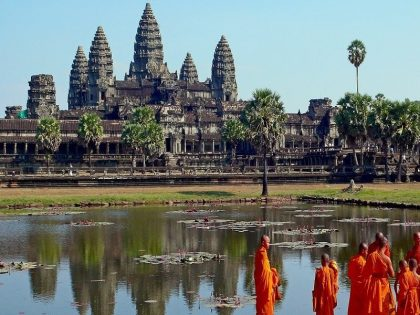 Buddhist monks in front of the Angkor Wat 3