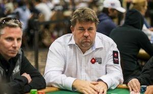 Chris Moneymaker playing poker