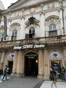 Rebuy Stars Casino Savarin entrance