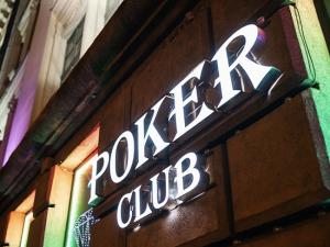 Zett Poker Club sign at the entrance