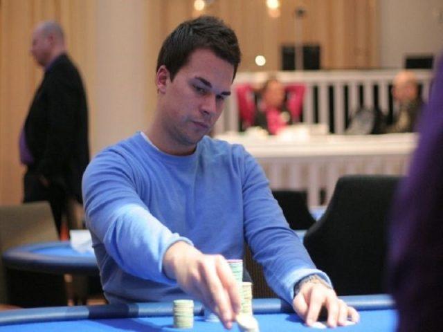 Sami Kelopuro playing poker