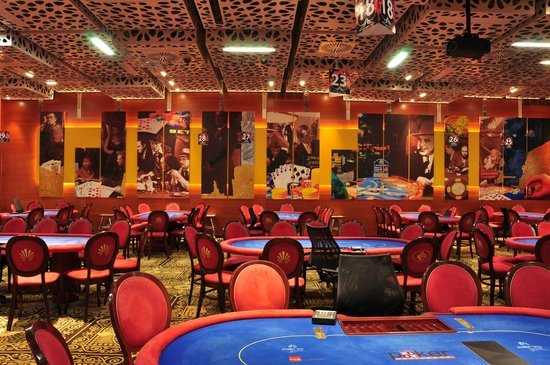 Perla Hotel and Casino poker room
