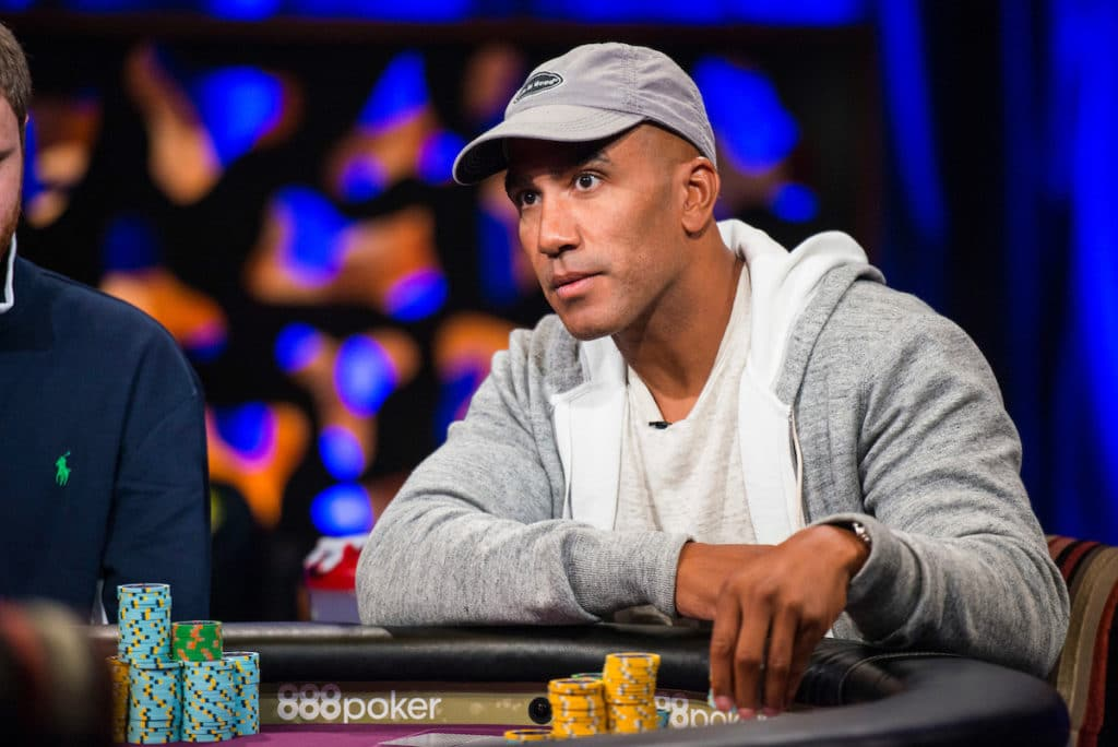 People News: Perkins agrees to ambitious fitness bet; Adams forfeits Galfond Challenge; Smith's charity donation towards Afghan crisis; Chad and McEachern to broadcast this year's WSOP; Liu expecting twins