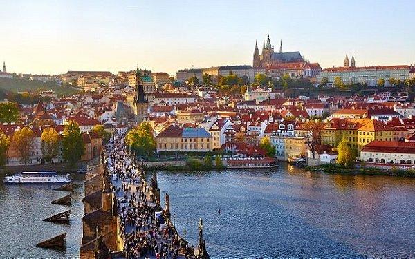 EPT Prague 2021 Schedule